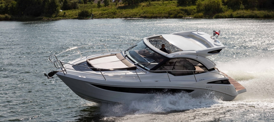 Galeon 335 HTS - pleasure in driving!